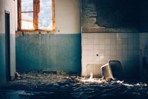 מה עושים במקרה של נזק לרכוש במהלך שיפוץ